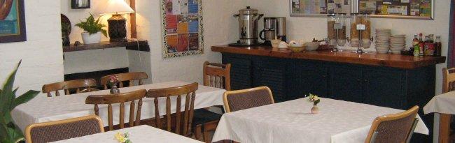 aqua-marine-guest-house-Diningroom